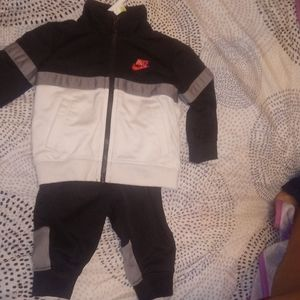 Nike oufit for a baby